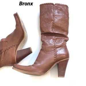 BRONX scrunched etched Leather Boots